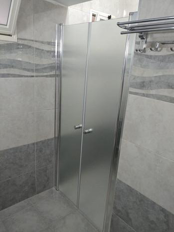 מקלחון חזית דוגמה 9
