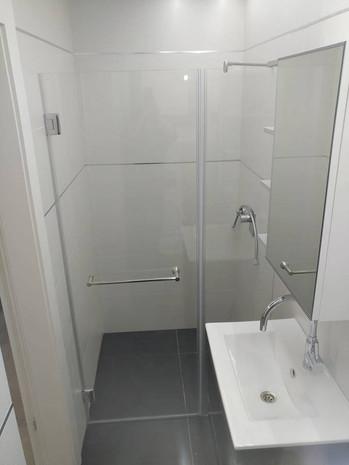 מקלחון חזית דוגמה 10