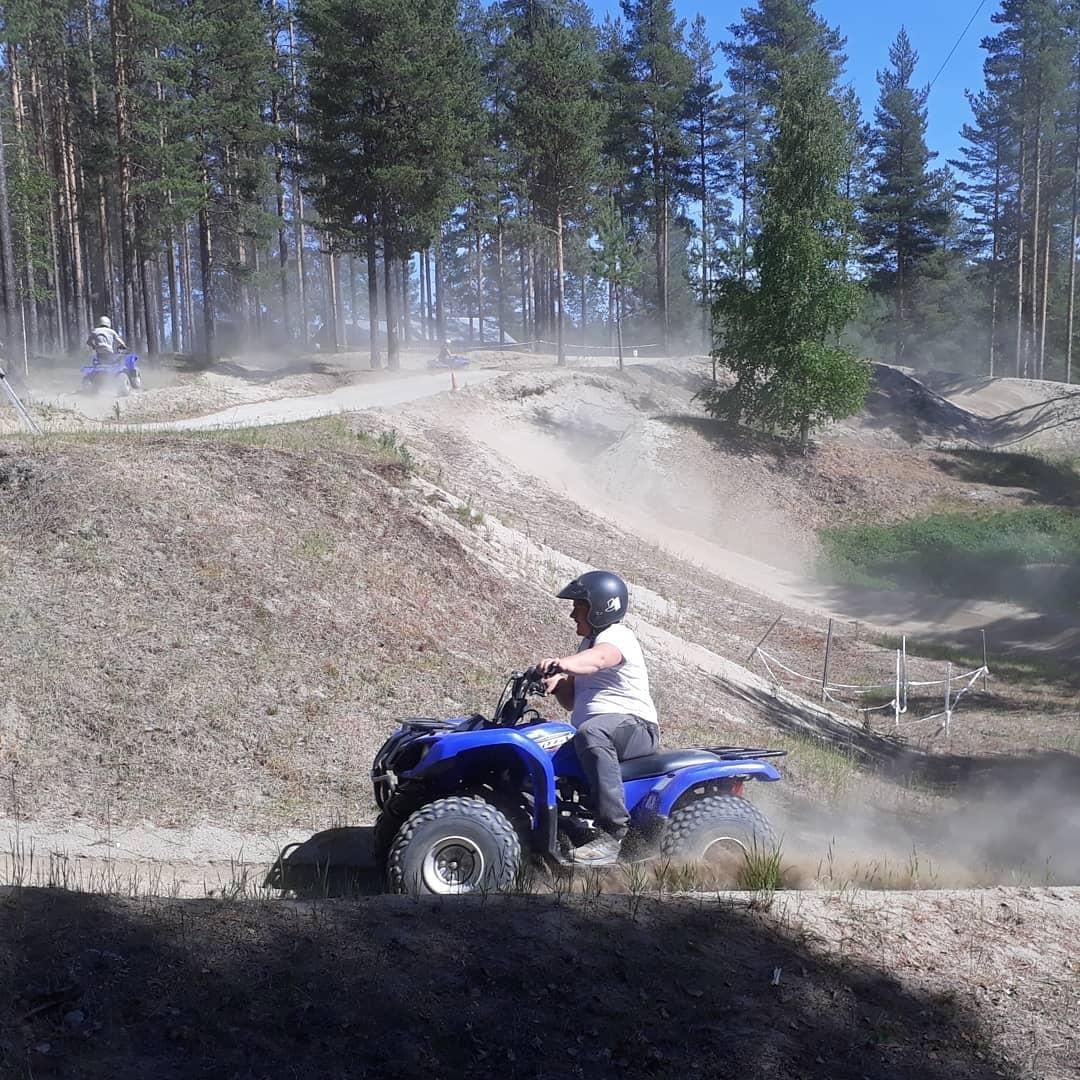 quads 4