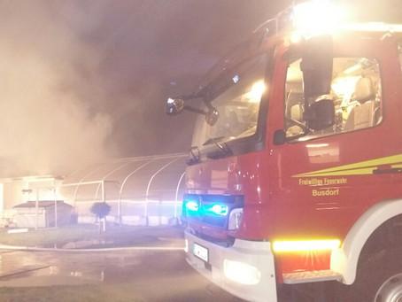 Brennender Schuppen in Schleswig