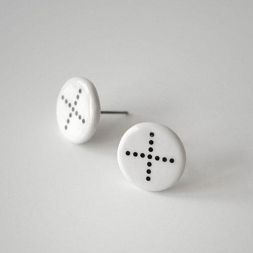 Porcelánové náušnice - Pecky - černo bílé, tečky