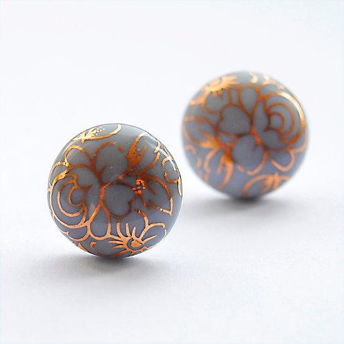 Porcelánové náušnice - Pecky šedé zlaté květy