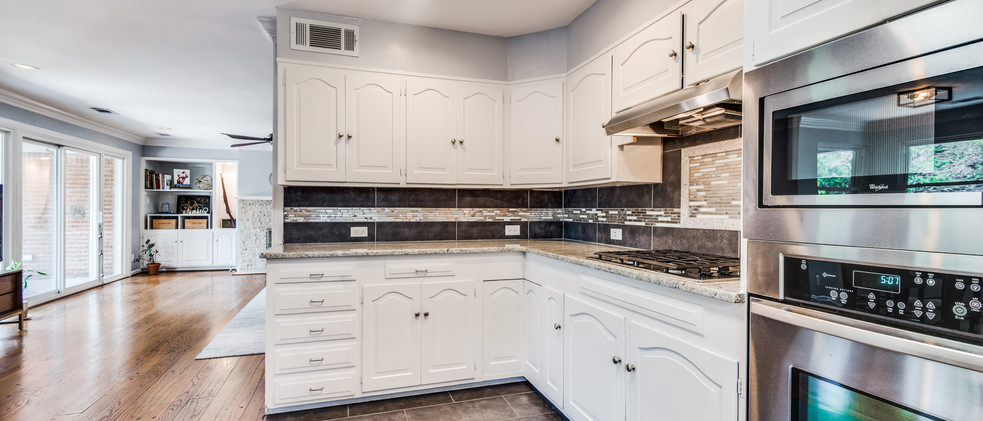 829_Kitchen opening to Living Room.jpg