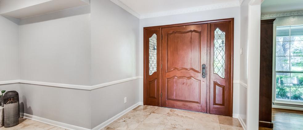 829_Knott_Front Door.jpg