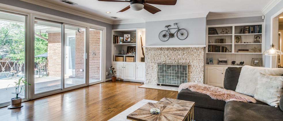 829_Knott_living room wall of windows.jpg
