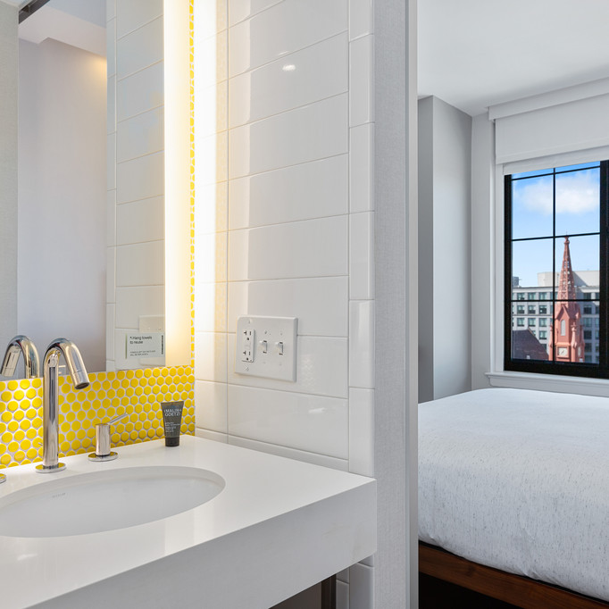 2020_Commercial_DC Motto Rooms_For Web-3653.jpg