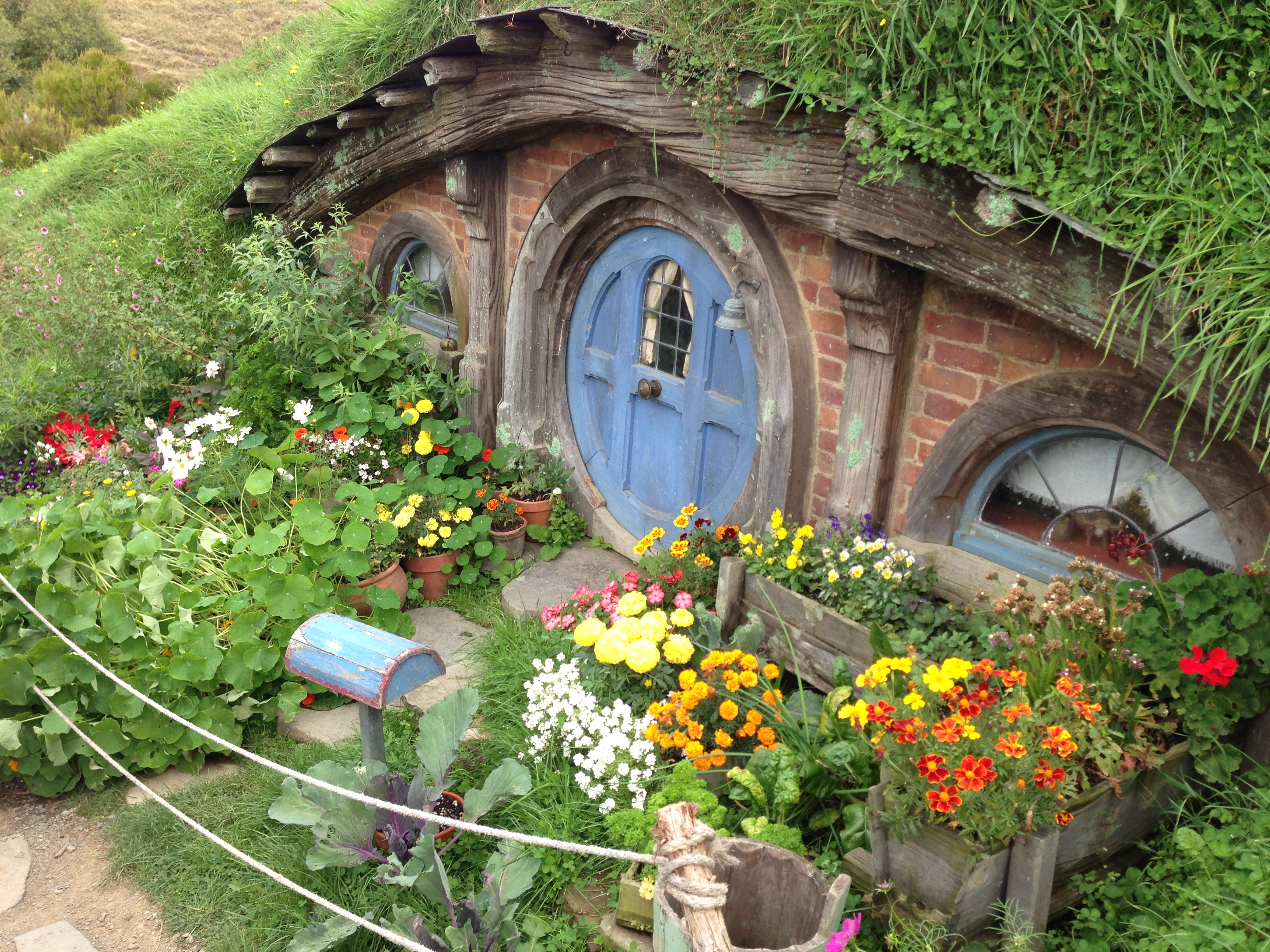 Hobbiton Movie Set