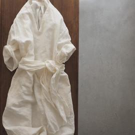 LINEN DUNGAREE VNECK PULLOVER DRESS