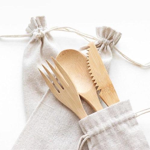 Kit pequeño cubiertos de bambú