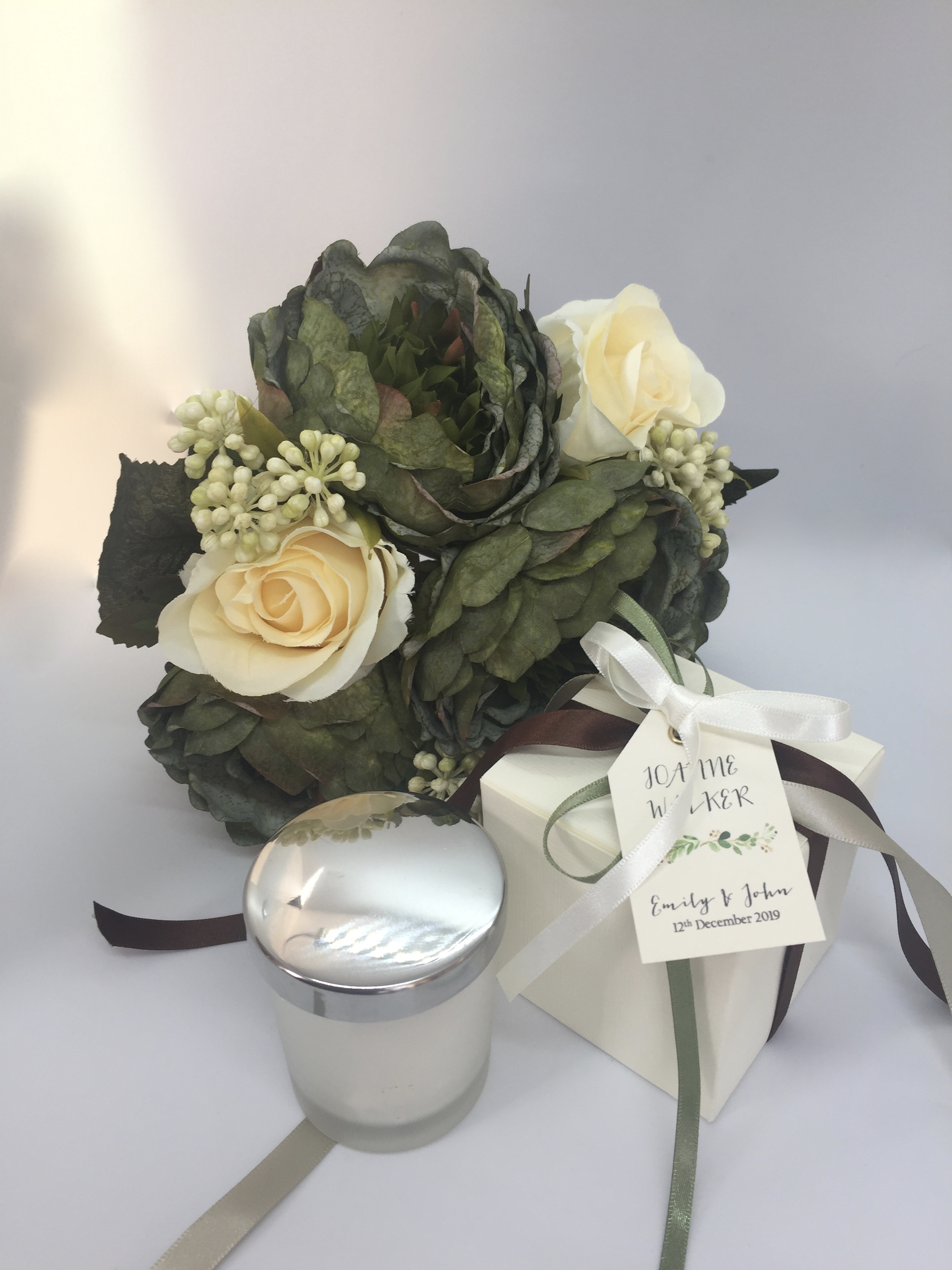 Small Wedding Candle with Silver Lid