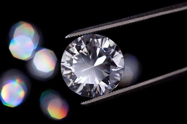 valutazione diamanti a milano
