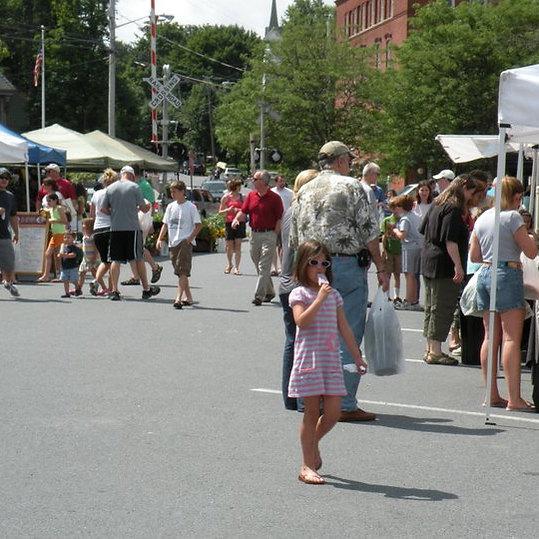 Summer Market   2011