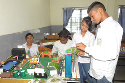 PROJECTS BY STUDENTS AT BLAZE 2017.JPG