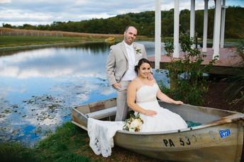 Gail & Patrick's Lingrow Farm Wedding Photos {Pittsburgh Wedding Photographer   Lingrow Farm