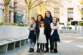 Downtown Pittsburgh Family Photos {Pittsburgh Family Photographer}