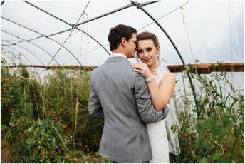 Katie & Garrett - SanaView Farms Wedding Photos {Pittsburgh Wedding Photographer}