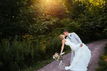 Jade + Jake's Summer Garden Wedding {Pittsburgh Botanic Garden Wedding Photos}