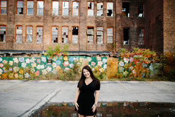Lucy - Pittsburgh Senior Photographer