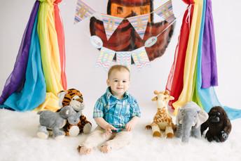 Noah's 1st Birthday {Noah's Ark Themed 1st Birthday Cake Smash Photos | Pittsburgh Family Ph