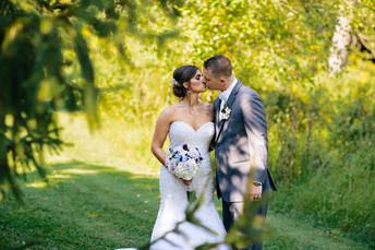 Molly & Christopher - Sunset Room Wedding Photos {Pittsburgh Wedding Photographer}
