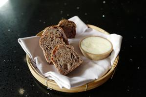 1.bread.jpg