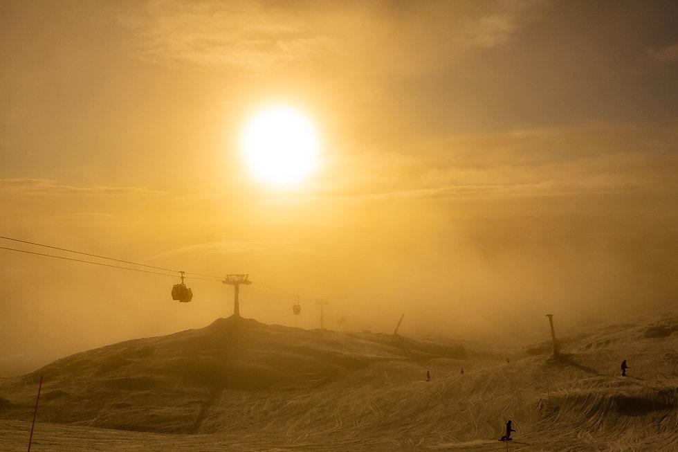 Vinter i Åre, utbildningar i Åre, gondol, solnedgång, vinter och kallt