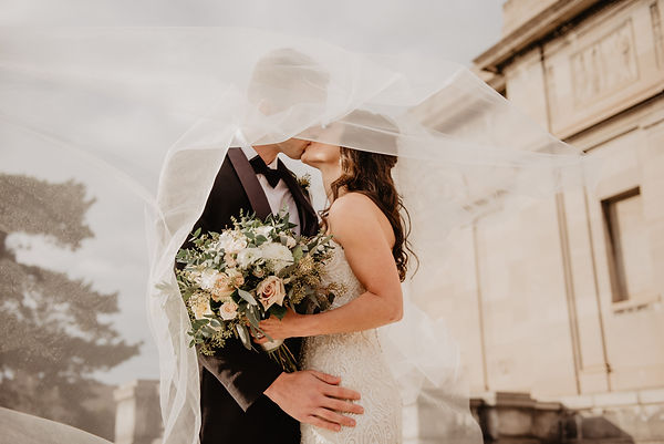 bouquet-bride-bride-and-groom-2253870.jp