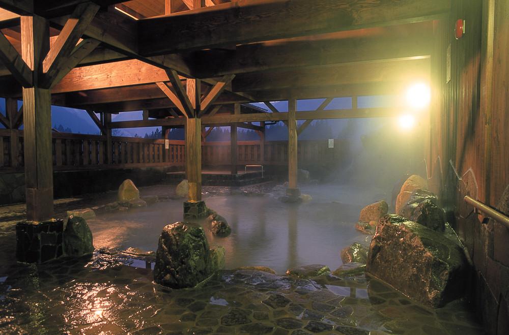 協賛店の一つ「板取川温泉バーデェハウス」