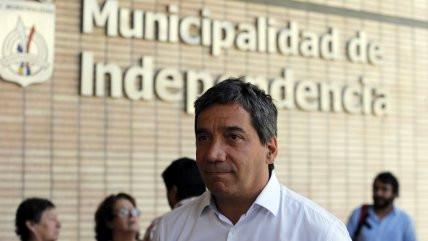 """Gonzalo Durán: """"Resolvimos hacer una Consulta Nacional para analizar una Nueva Constitución"""""""