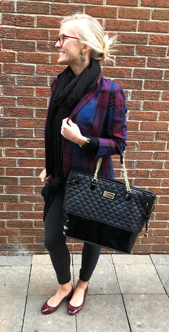 #ThriftyThursday: Plaid, shoulder pads + waist knots = work week babe