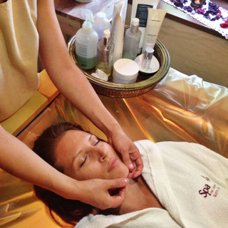 trattamento viso - borgo casale spa.jpeg