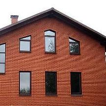 Дом кирпич красный