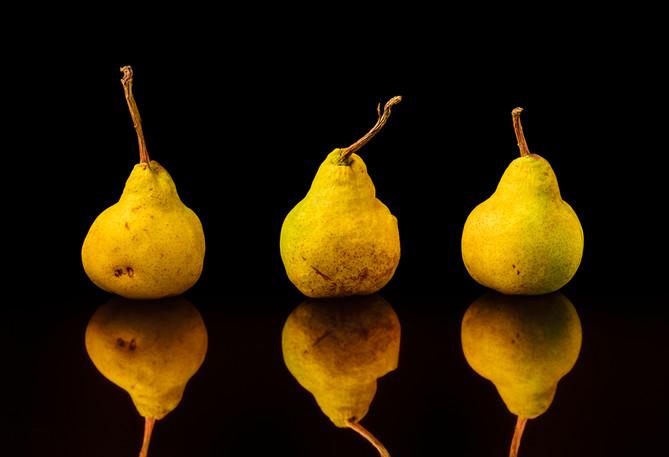 Anja Richter: Three Pears