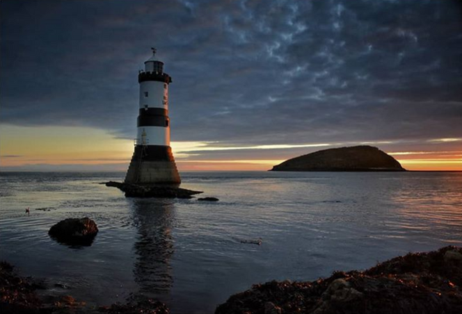 Cath Thomas: Breaking Light at Penmon