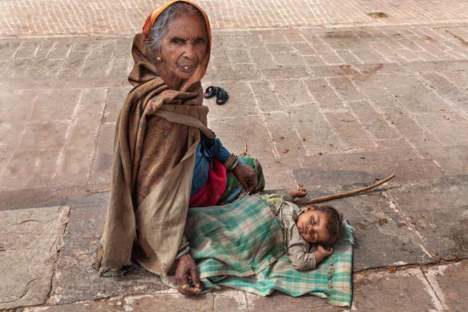 Judy Boyle: Grandparent & Child in India