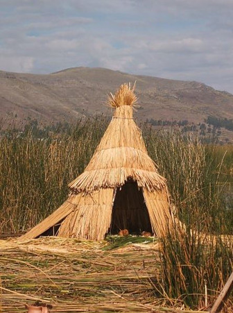 Cath Thomas: At Home on the Uros Islands