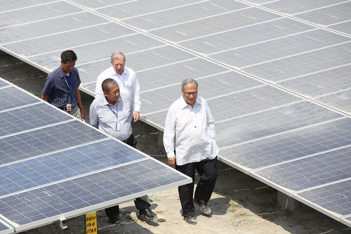 Clark Freeport Solar Power Farm Project (Philippines)