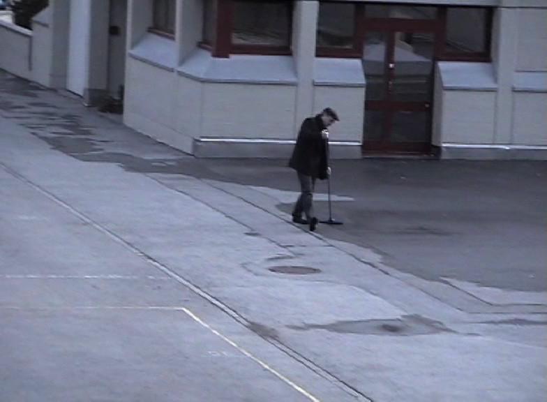 Weisse Schatten Der Künstler baute weisse Schatten in urbanen Zonen.