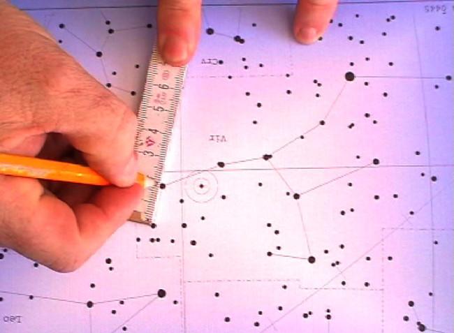 Besondere Momente Die damalige Sternkonstellation bei einem besonderen Moment wird in die Garagentüre gebohrt. Nun kann dieser auch bei Tage in der Garage nachgeträumt werden.