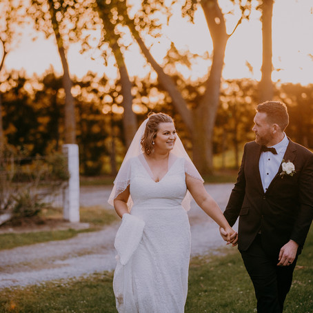 Ana & Sam Larcomb Vineyard - Christchurch wedding