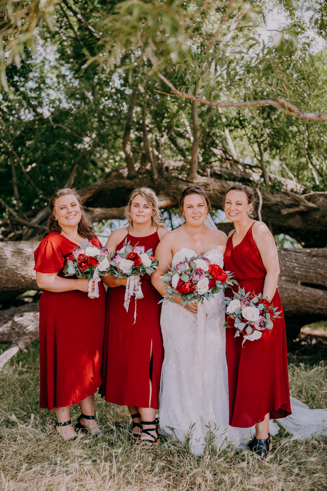 Evolution bridesmaids