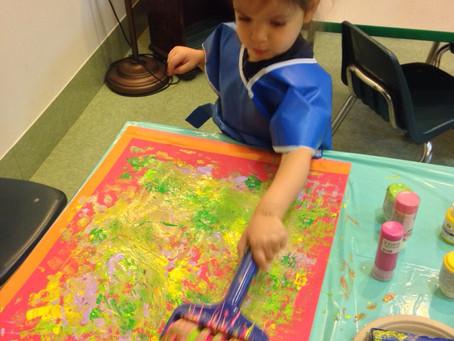 Nitzanim are painting with Goash