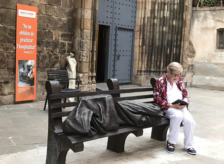 """""""El carrer dels invisibles"""" Nou llibre de Victòria Molins"""