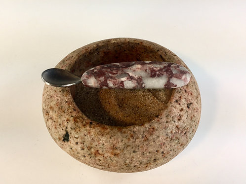 Maine Crafted Salt Cellar with Spoon (Pink Granite)