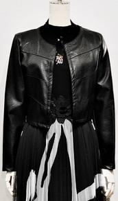 ショート合成皮革ジャケット