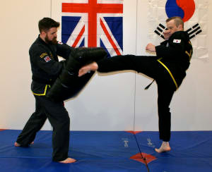 Best Adult Self Defence Training in Shepperton Area