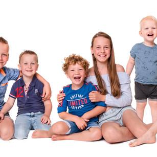 Alle kleinkinderen op de foto!