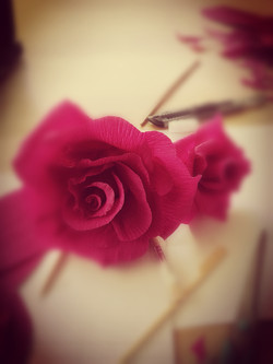 #littlegift #redrose #papierblume
