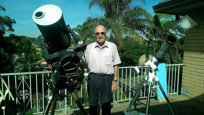 Monty Leventhal OAM taking his regular solar observations
