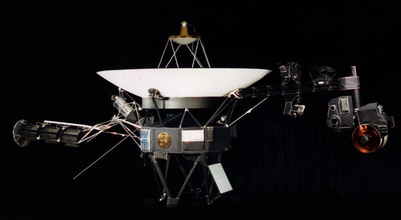 Voyager 1: Credit NASA